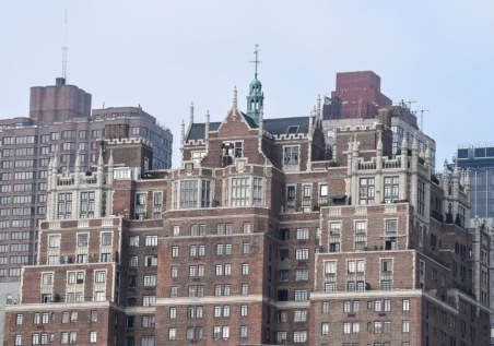 5 Tudor City Place from the East River