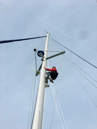Glen up the mast